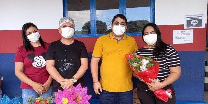 Prefeito Ítalo fez Homenagem aos Funcionários da Unidade Mista de Saúde