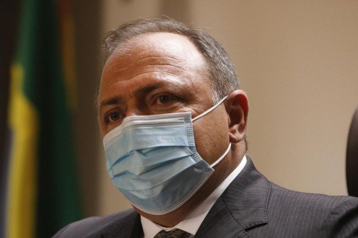 Eduardo Pazzuelo passou mal durante depoimento da CPI Covid ( foto: Agencia Brasil)