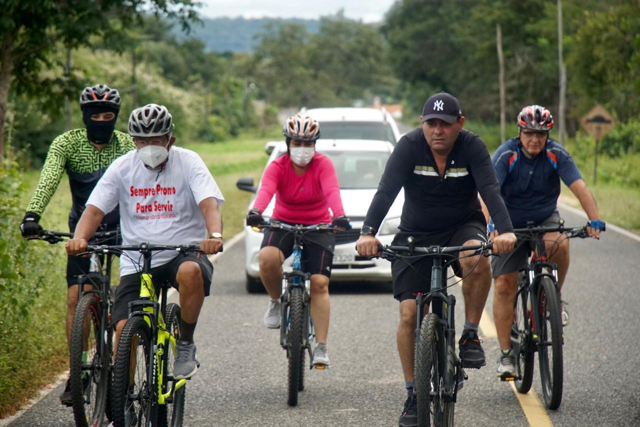 Dr. Pessoa percorreu 10km de bicicleta - Foto: Reprodução