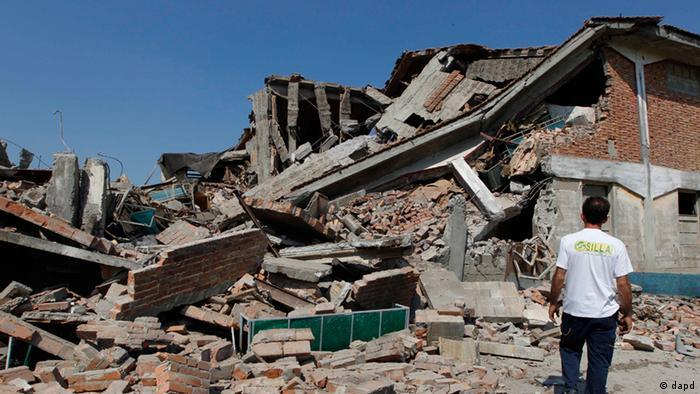 Tremor deixa mortos e feridos na Itália