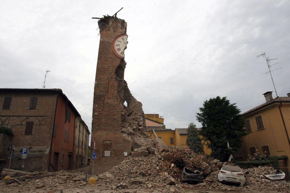 Estruturas histórias na Itália ficaram destruídas com o terremoto