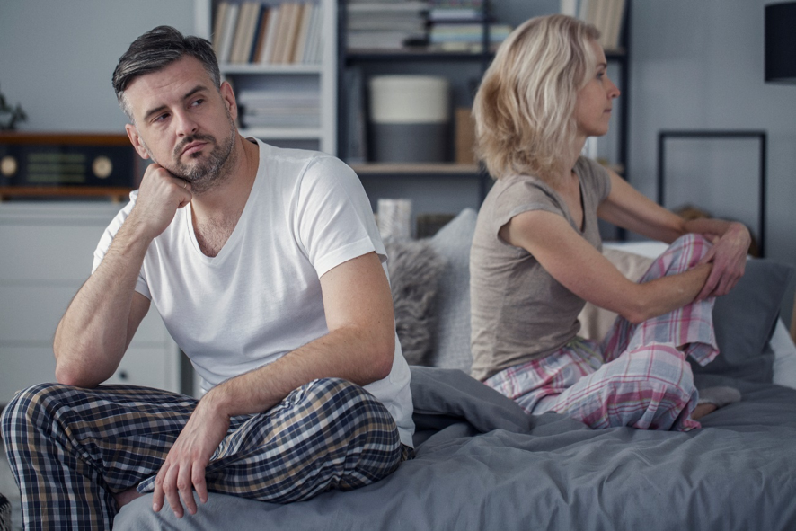 Maior conviência entre casais na pandemia tem afetado o sexo (Foto: Reprodução)