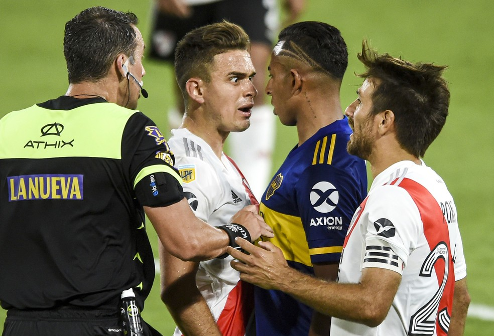 AFA suspendeu as atividades no futebol por nove dias - Foto: Marcelo Endelli/Reuters
