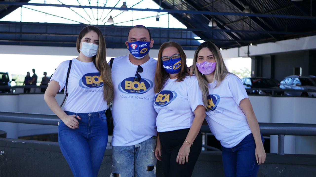 Mariana Miranda, André Moura e Isiane Gonçalves integram time de locutores da Rádio BOA FM - Foto: Raíssa Morais