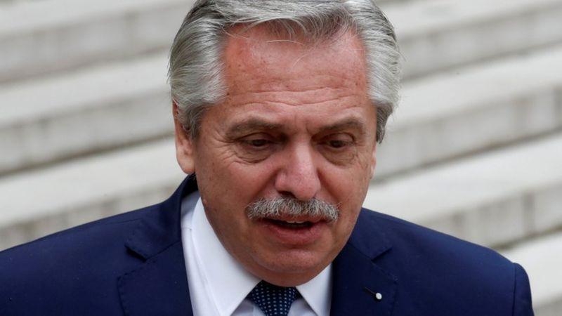 """Temos que assumir a gravidade deste momento"""", afirmou Alberto Fernández ao anunciar novas medidas mais restritivas- Foto: REUTERS/GONZALO FUENTES"""
