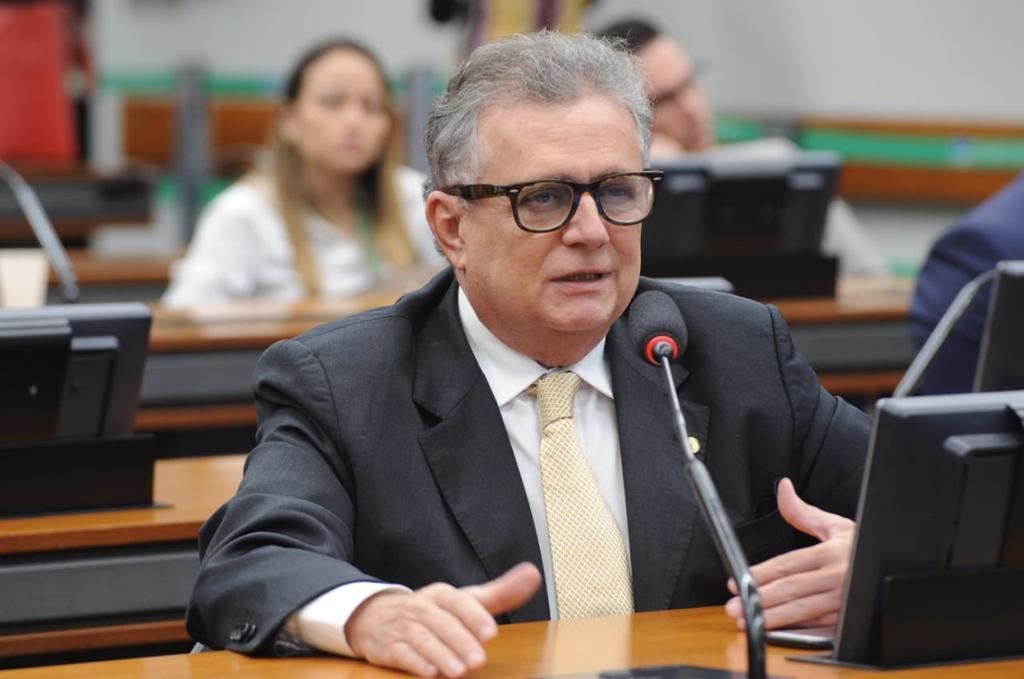 Deputado piauiense Flávio Nogueira apresenta projeto que proíbe privatização da água no Brasil