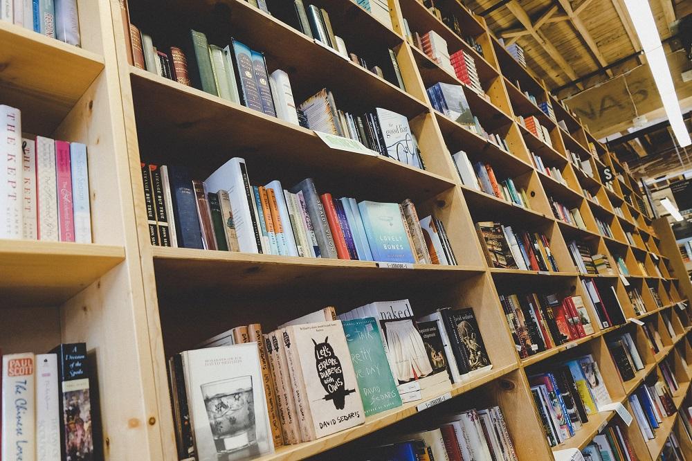 Livros religiosos foram os que sofreram maior queda