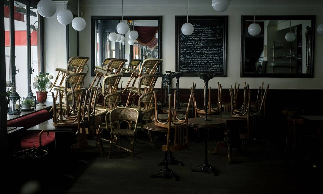 Retomada de hotéis e restaurantes na França tem falta de mão de obra