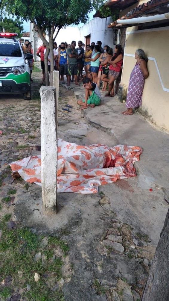 Carlos Henrique foi morto a facadas durante bebedeira