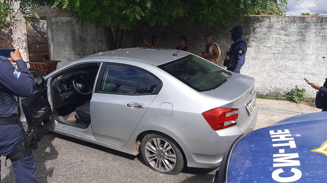 Carro foi localizado por agentes da GCM na zona Norte de Teresina (Foto: Divulgação/GCM)