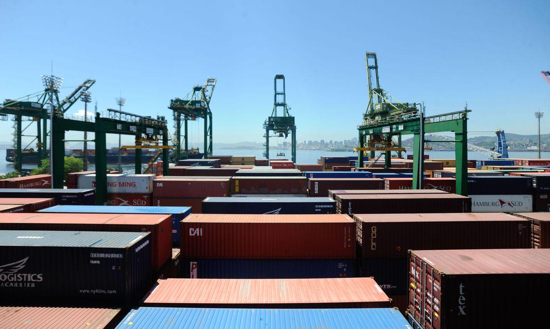 Brasil precisa criar novas formas de proteção para comércio internacional (Foto: Tânia Rego/Agência Brasil)