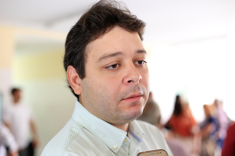 Vereador Evandro Hidd apresenta indicativo de lei para beneficiar pessoas que perderam emprego