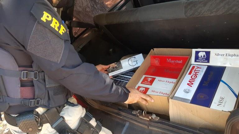 Idoso é preso pela PRF com carga de cigarros contrabandeados no Piauí- Foto: PRF
