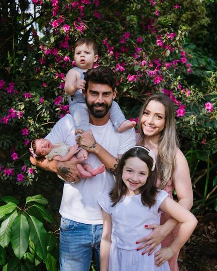 O jogador Radamés Martins e a sua família