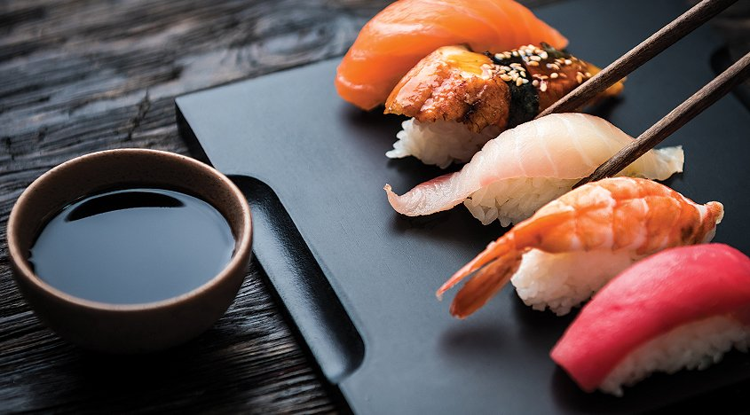 """Molho shoyu é """"tempero"""" favorito dos amantes do sushi (Foto: divulgação)"""