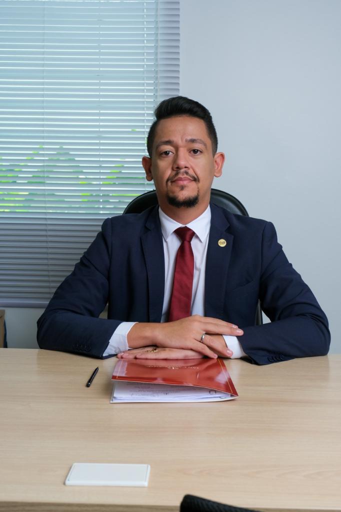 Ian Cavalcante, advogado. Crédito: Divulgação.