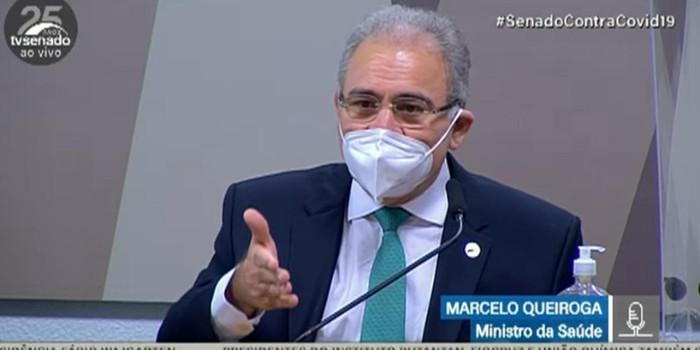 Ministro Queiroga resiste responder sobre Cloroquina contra Covid