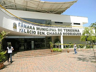 Câmara Municipal marca data de prova