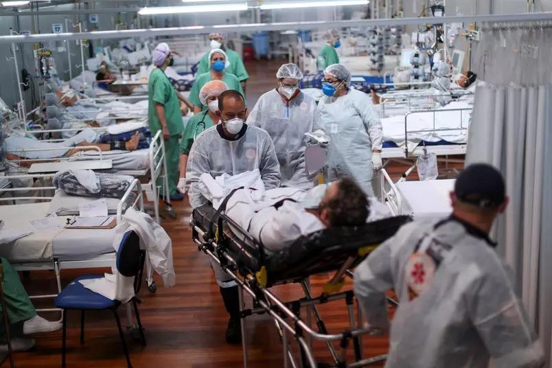 Mortes em idosos com 80 ou mais caem após início da vacinação (Foto: Amanda Perobelli/Reuters)
