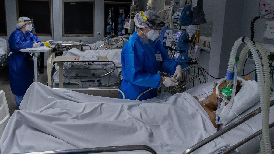 Brasil tem mais de 15 milhões de casos confirmados pela covid-19 desde o início da pandemia