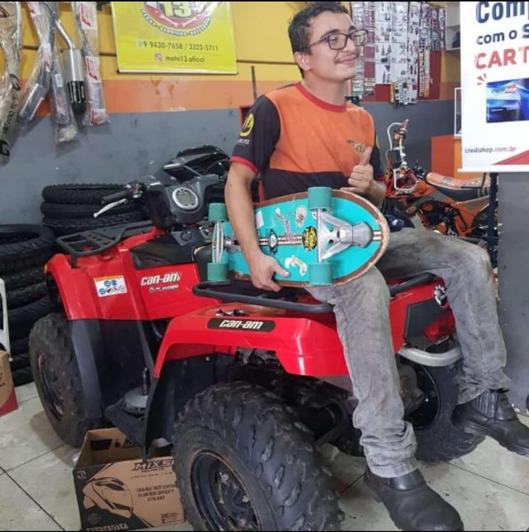 Motociclista morre ao colidir com vaca no município de Parnaíba - Imagem 1