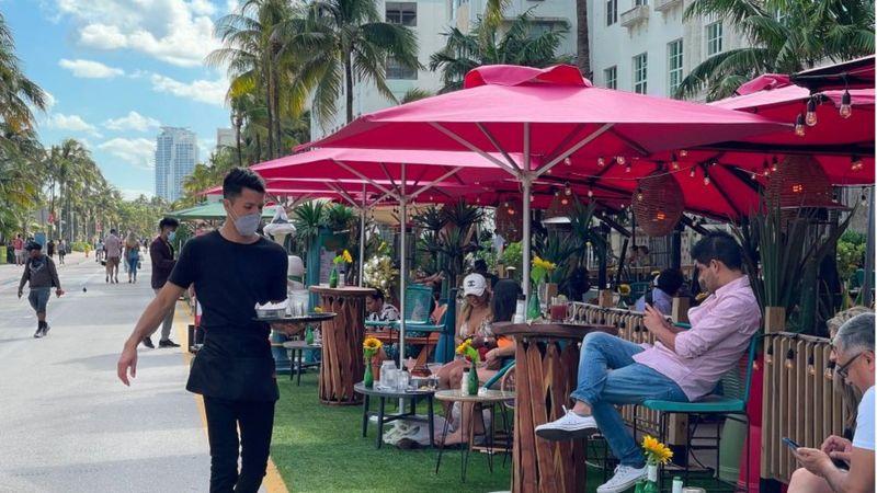 Proprietários de restaurantes na turística Miami Beach reclamam que não conseguem preencher vagas- Foto: Getty Images