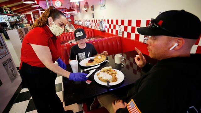 Restaurantes estão tendo problemas para encontrar funcionários- Foto: Getty Images