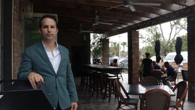 Carlos Gazitua conta que teve que fechar alguns restaurantes por falta de pessoal