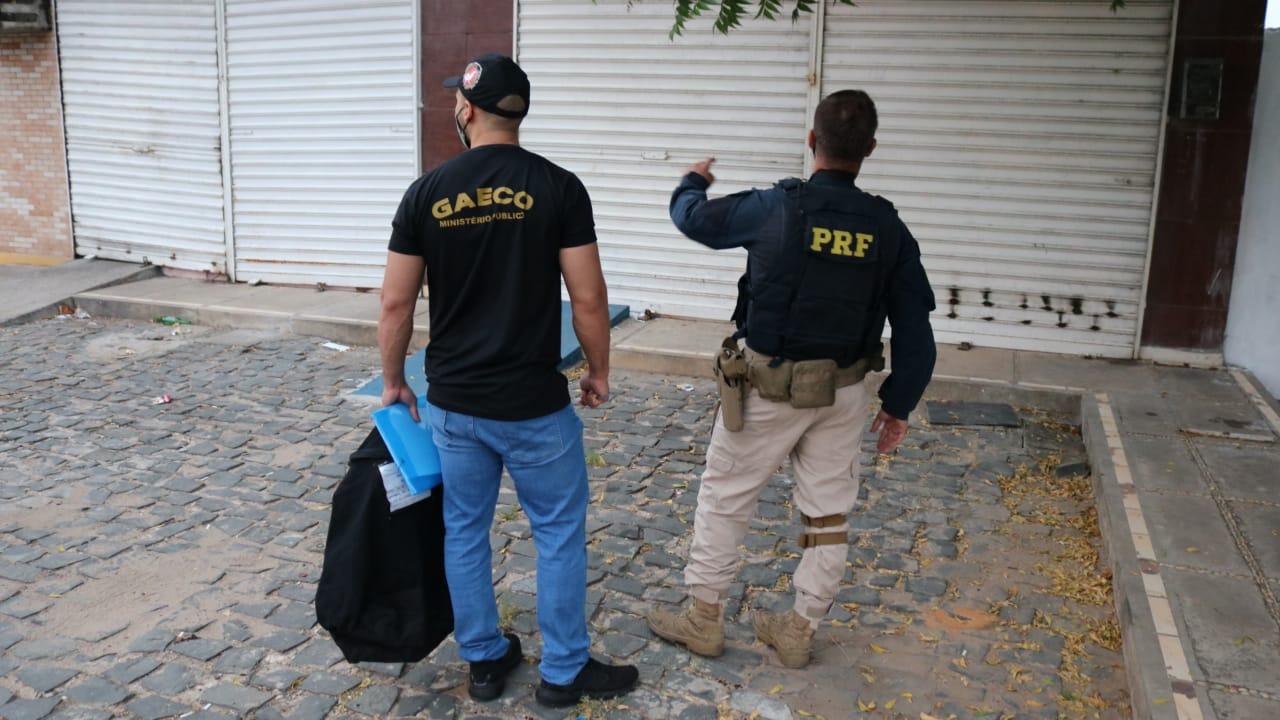 Polícia faz operação contra grupo suspeito de realizar vários crimes no PI - Imagem 3
