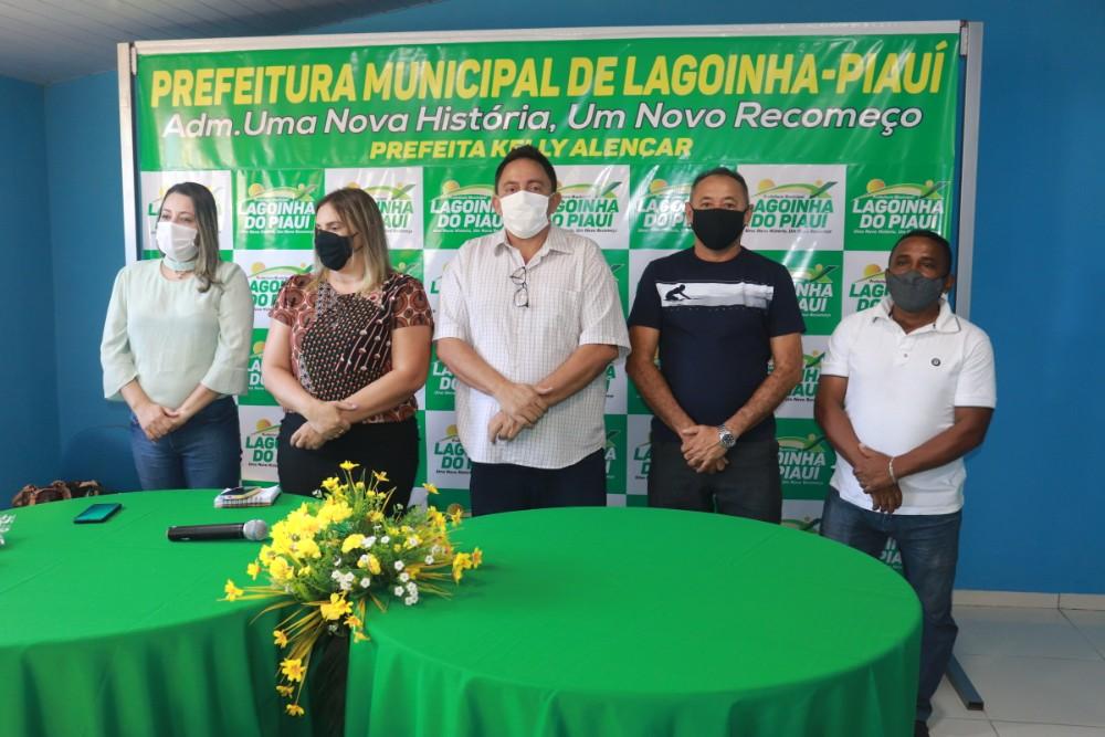 Prefeitura de Lagoinha entrega Tablets para ACS do Município - Imagem 8