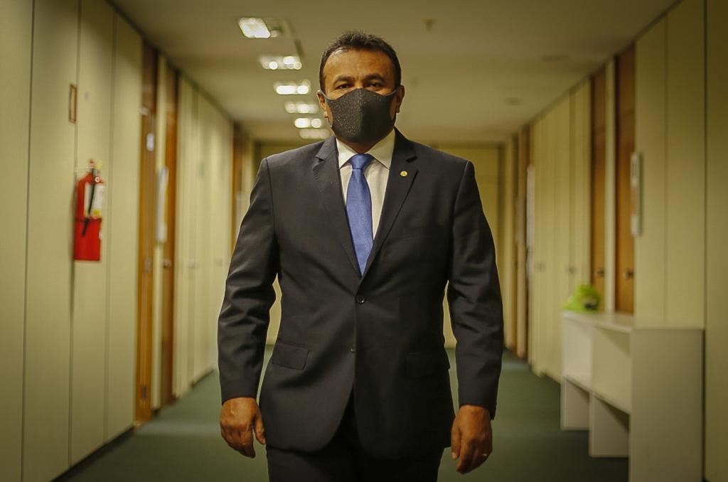 Fábio Abreu é apontado como o deputado mais atuante