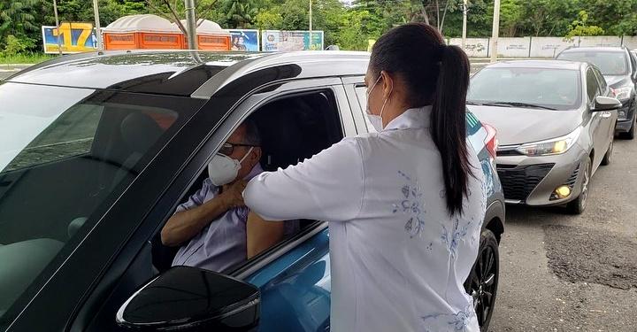 10 pontos de drive thru estarão abertos para pessoas com 52 e 53 anos - Foto: Ascom