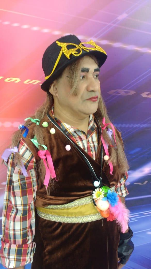 Chupetinha interpreta o cantor Boy George, que completa hoje 60 anos - Imagem 2
