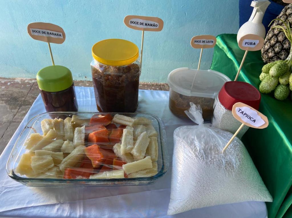 """Exposição da """"Mesa da Agricultura Familiar"""" em Manoel Emídio - Imagem 9"""