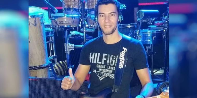 Polícia inicia buscas por cantor desaparecido, ex dupla de Cristiano Araújo