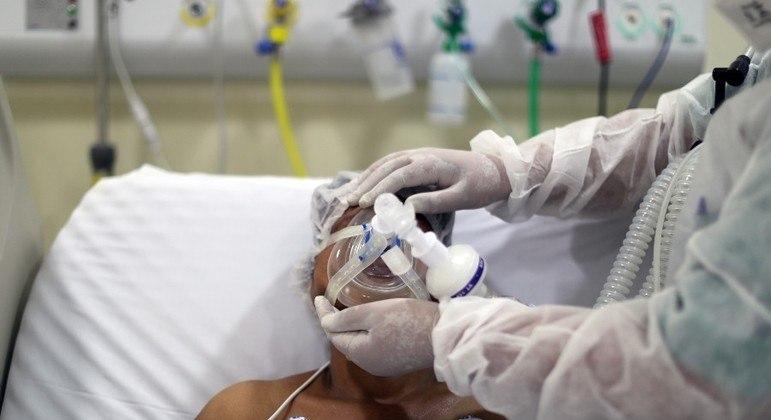 Mais de 57 milhões de pessoas já receberam a 1ª dose da vacina contra a covid no Brasil - Foto: AMANDA PEROBELLI/REUTERS