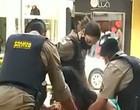 Após agressão a mulher, policial é afastado por abordagem
