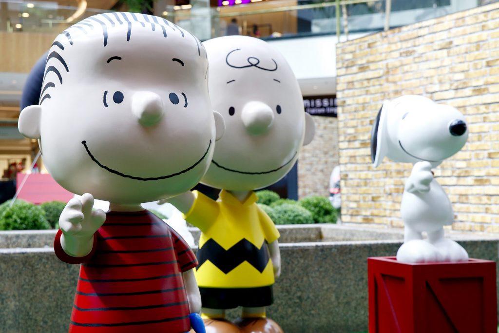 Lino, Charlie Brow e Snoopy fazem a alegria da criançada. (Foto: Augusto Costa Fotografia)
