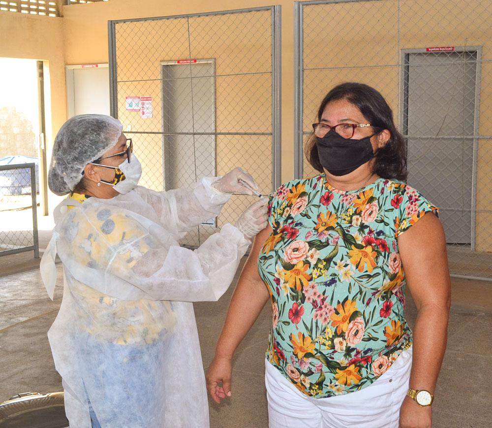 Joaquim Pires inicia imunização do público entre 55 a 59 anos - Imagem 16