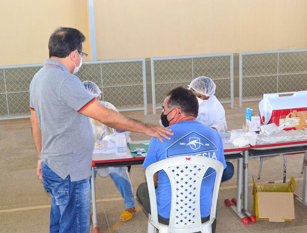 Joaquim Pires inicia imunização do público entre 55 a 59 anos - Imagem 5