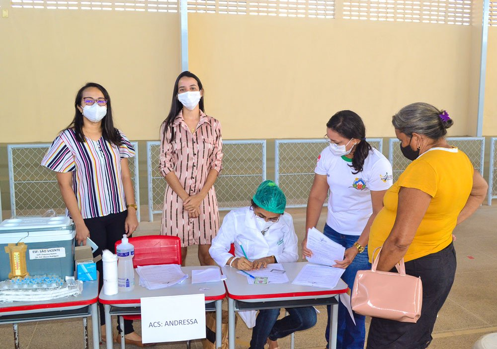 Joaquim Pires inicia imunização do público entre 55 a 59 anos - Imagem 6
