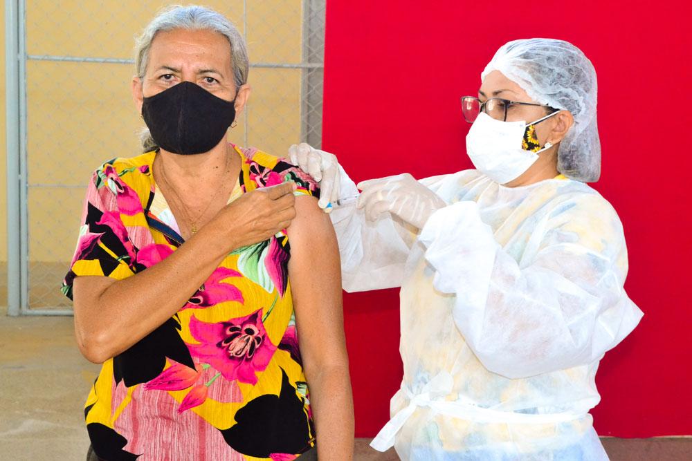 Joaquim Pires inicia imunização do público entre 55 a 59 anos - Imagem 19