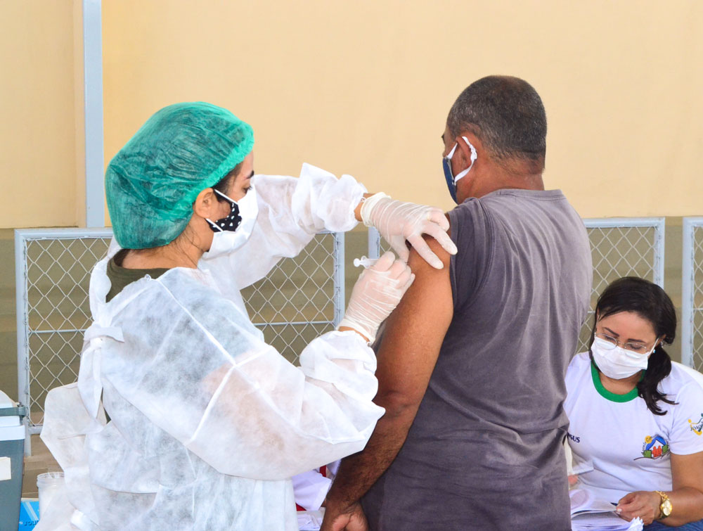Joaquim Pires inicia imunização do público entre 55 a 59 anos - Imagem 18