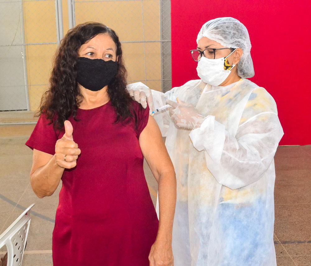 Joaquim Pires inicia imunização do público entre 55 a 59 anos - Imagem 17