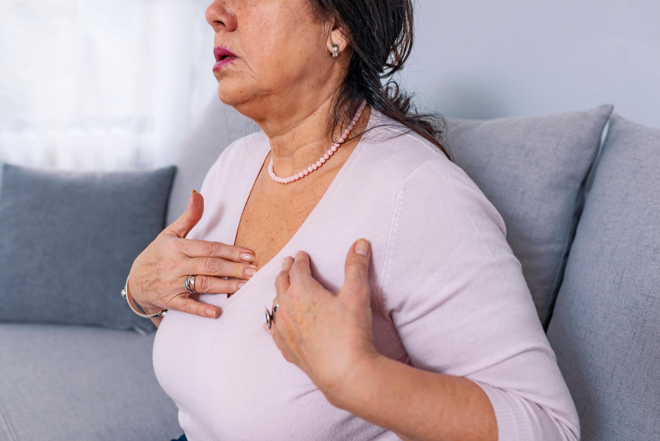 Dores pelo corpo são um dos sintomas sentidos após forma grave da Covid-19   FOTO: Reprodução
