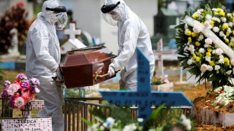 Segundo o Conass, a taxa de letalidade do coronavírus no Brasil é de 2,8% - Foto: Reuters