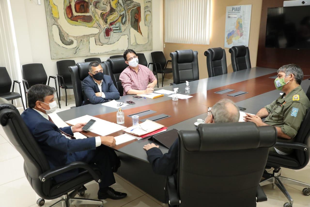 Governador Wellington Dias se reuniu com agentes da segurança pública para discutir criação do projeto - Foto: Divulgação