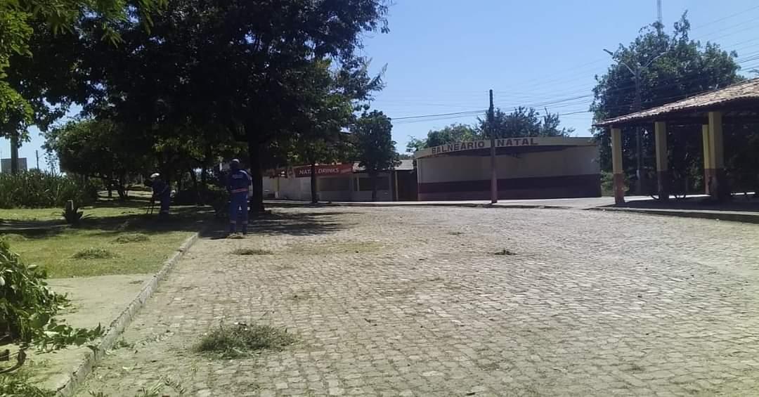 Prefeito João Luiz mantendo sua marca de cidade limpa em Monsenhor Gil - Imagem 6