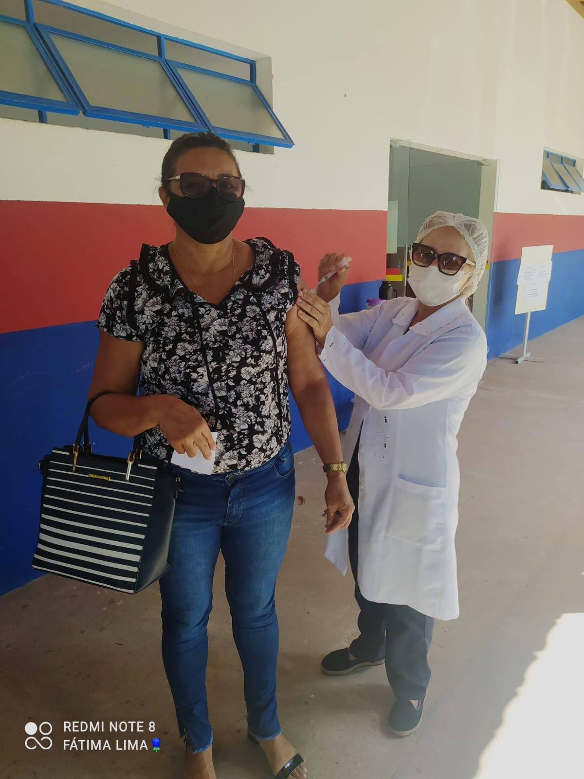 Saúde de Agricolândia iniciou a vacina dos professores contra COVID-19 - Imagem 3