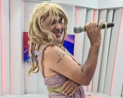 Ronda faz homenagem à cantora Diana que completa hoje 67 anos